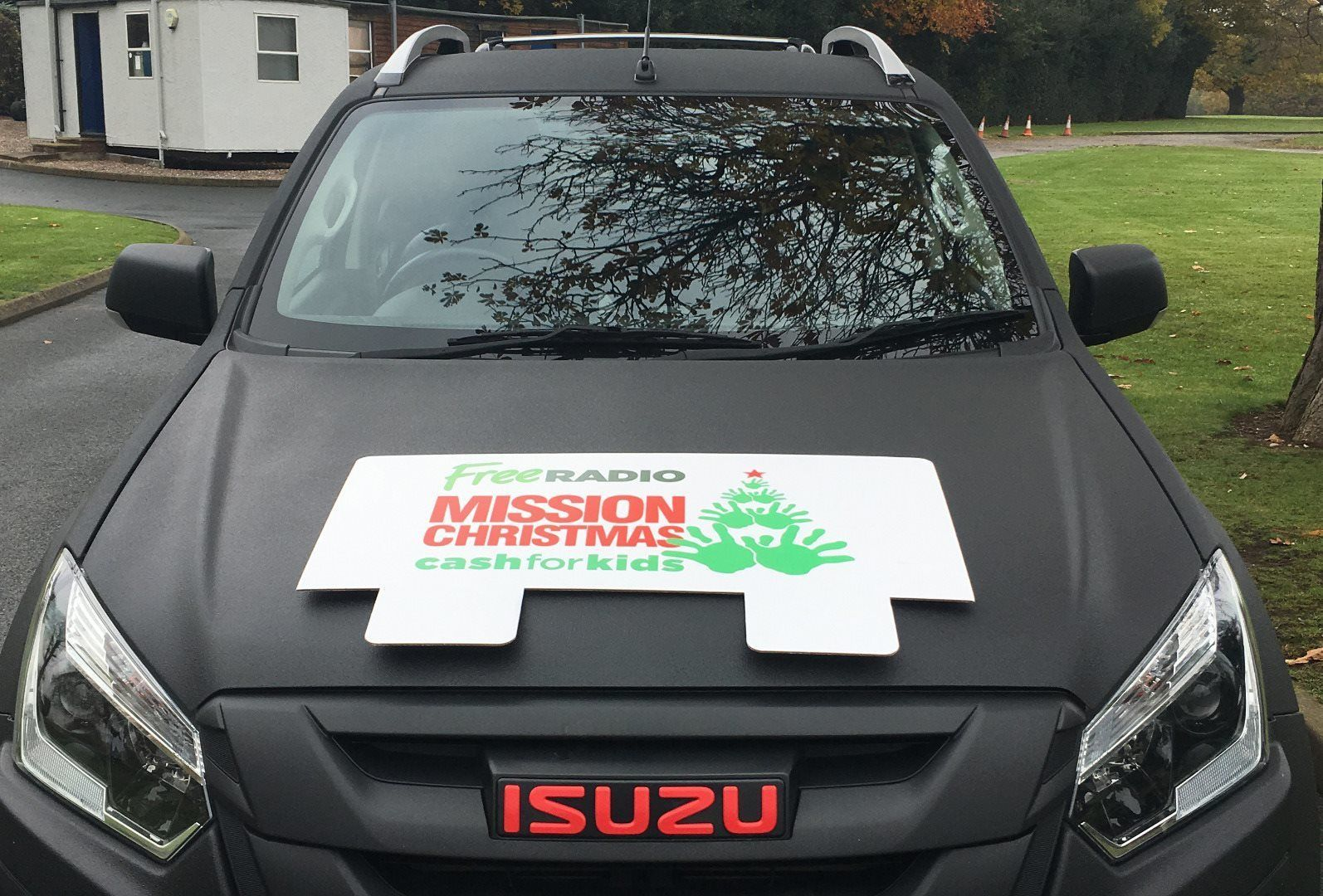 ISUZU SUPPORTS CASH FOR KIDS MISSION CHRISTMAS